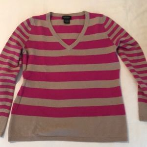 Lord & Taylor cashmere sweater size L